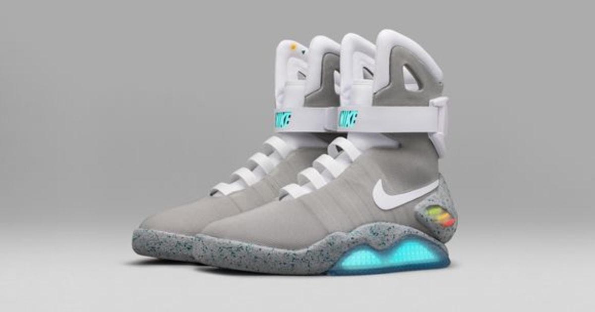 bofetada Polinizador solapa  Nike Raffles 'Back to the Future' Self-Tying Shoes