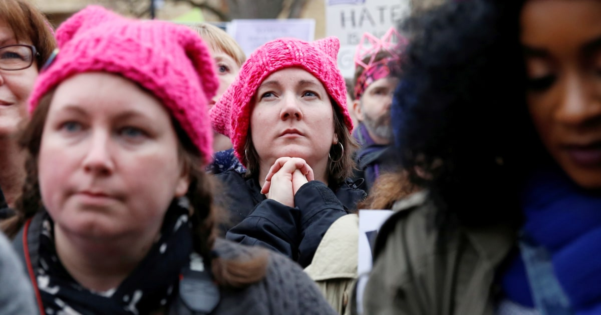 91a6919fa9b Women s March Brings Flood of Pink Hats