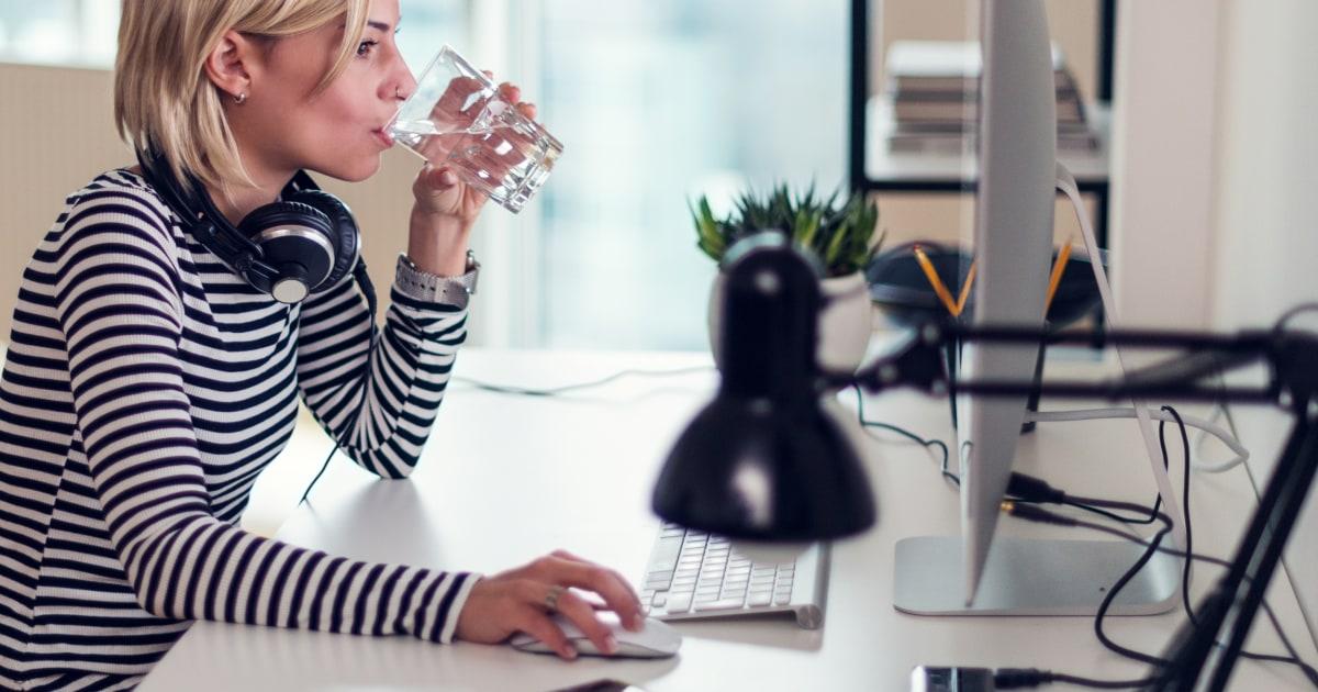Πίνετε περισσότερο νερό με αυτά τα 9 προϊόντα smart