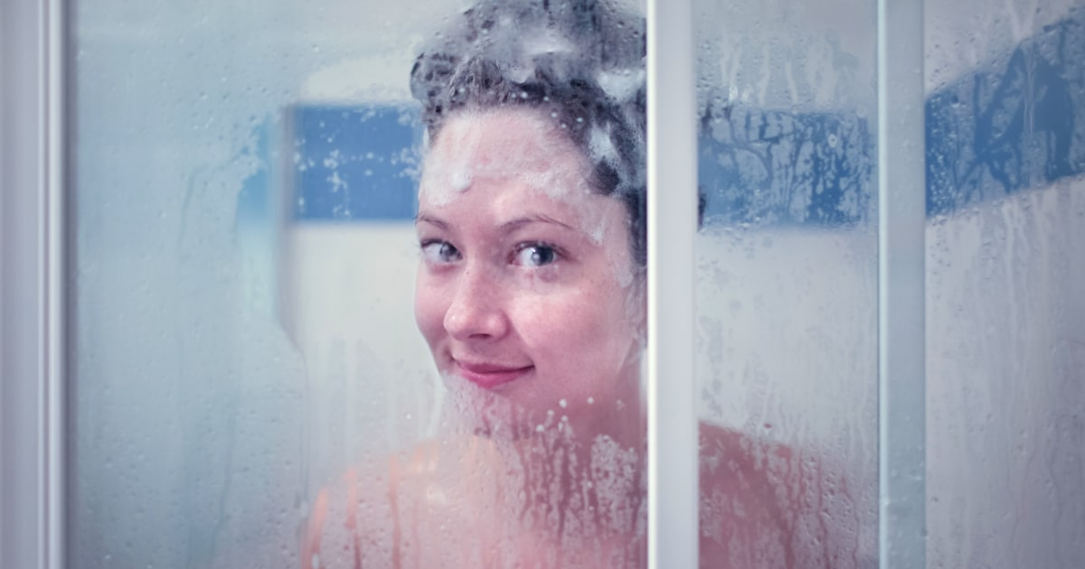 How To Take A Shower According To Dermatologists
