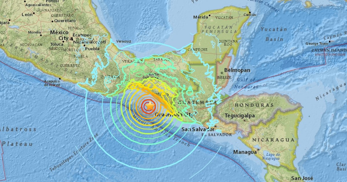 Magnitude 8 1 Earthquake Hits Off Mexico S Southern Coast