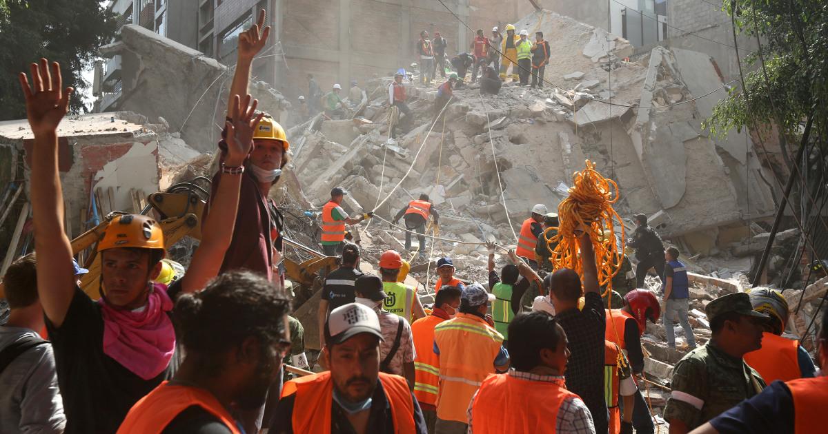 170919 mexico earthquake aftermath ac 1114p fc0ba521fa075e9cb84fd30a7214a73e.nbcnews fp 1200 630
