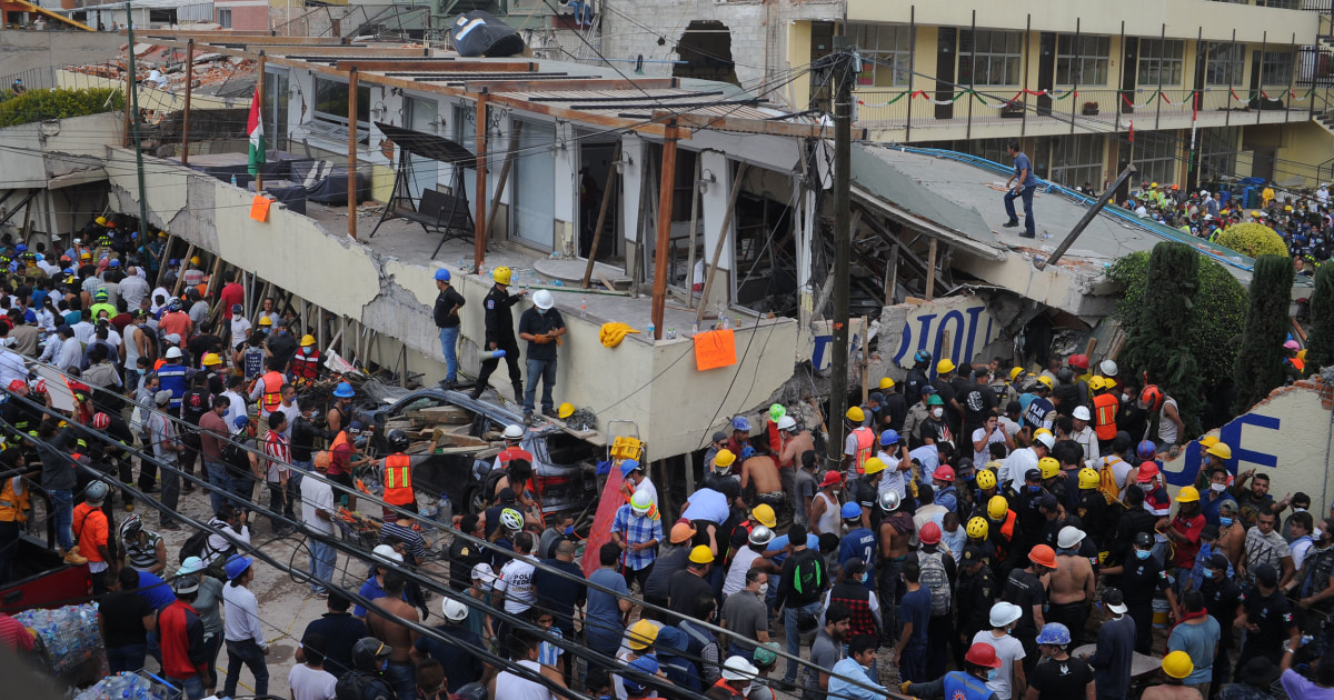 Mexico Quake Turns Classroom Into Coffin as Rescuers Race Against Time