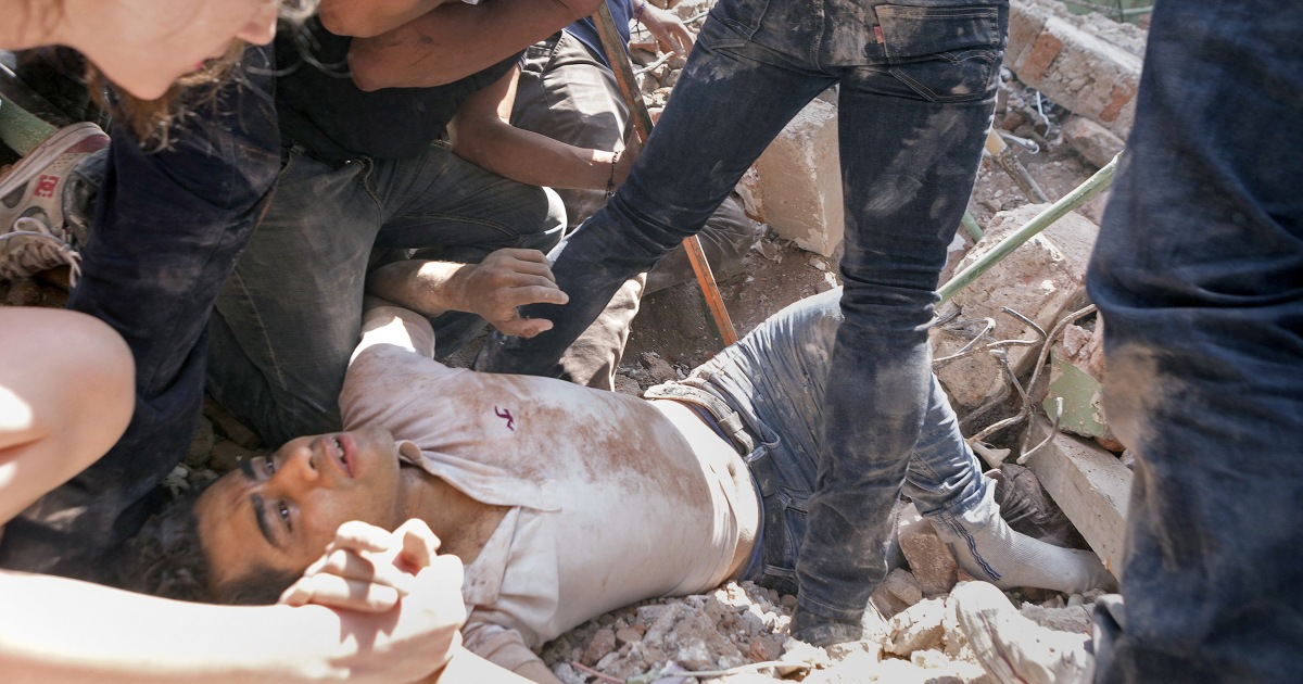 Mexico Earthquake Death Toll Climbs as Rescuers Race to ...