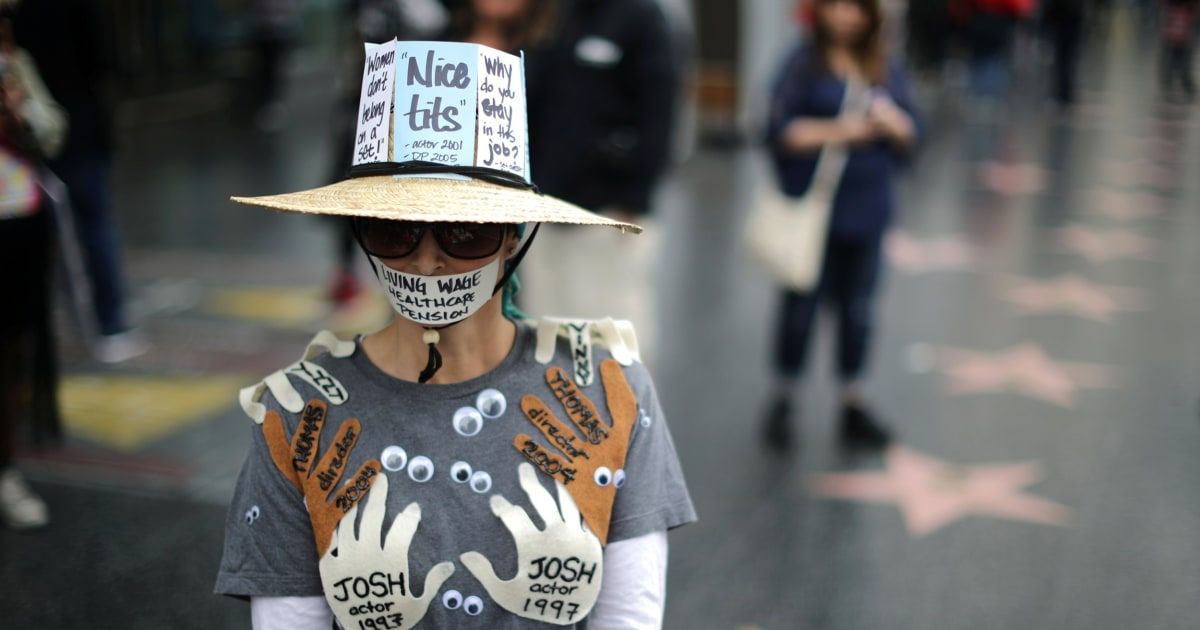 Hundreds march in support of metoo campaign nbc news for 2017 mexican heritage night t shirt