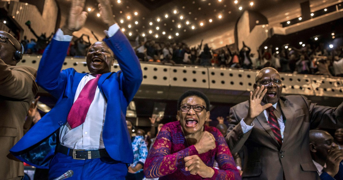 Mugabe resigns: Zimbabwe celebrates end of an era