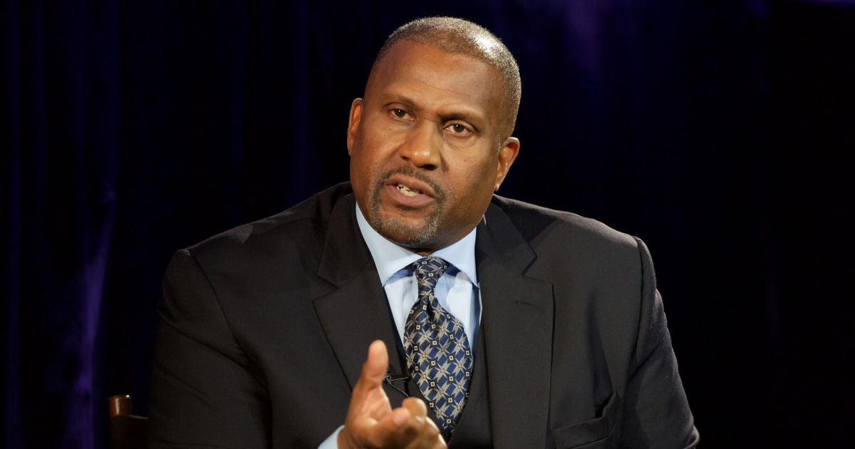 PBS investigation details Tavis Smiley sexual misconduct allegations