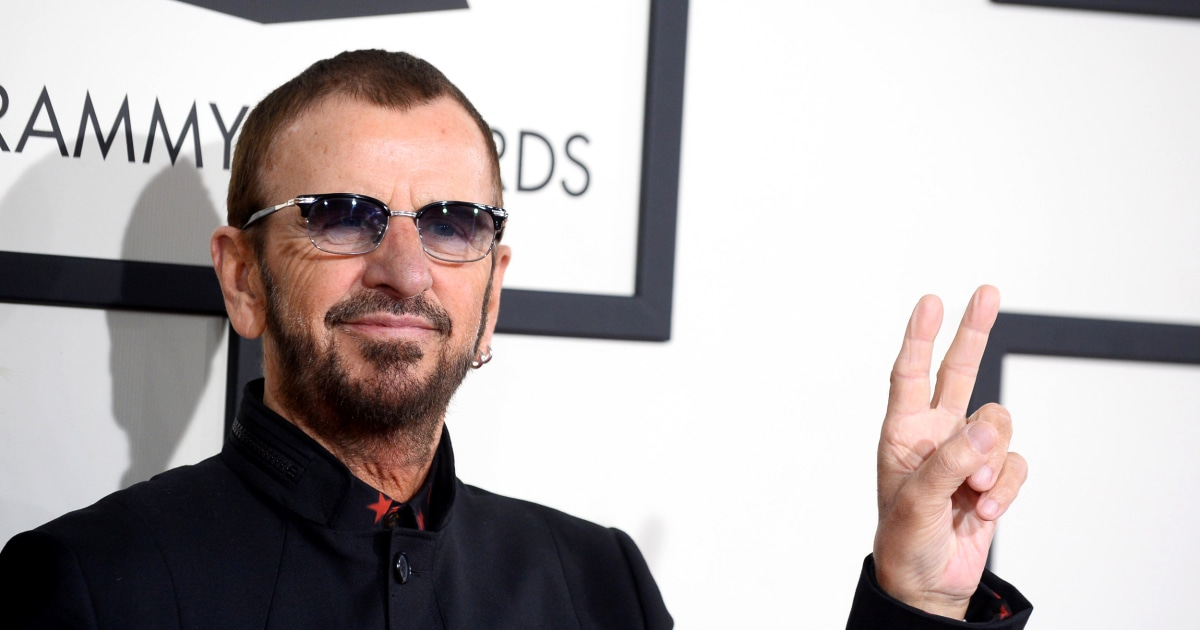 beatles drummer ringo starr knighted in queen elizabeth 39 s honors list. Black Bedroom Furniture Sets. Home Design Ideas