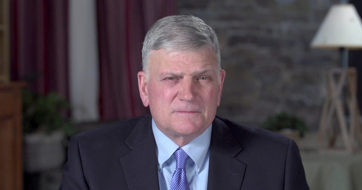 Evangelist Franklin Graham defends Trump against Stormy Daniels reports