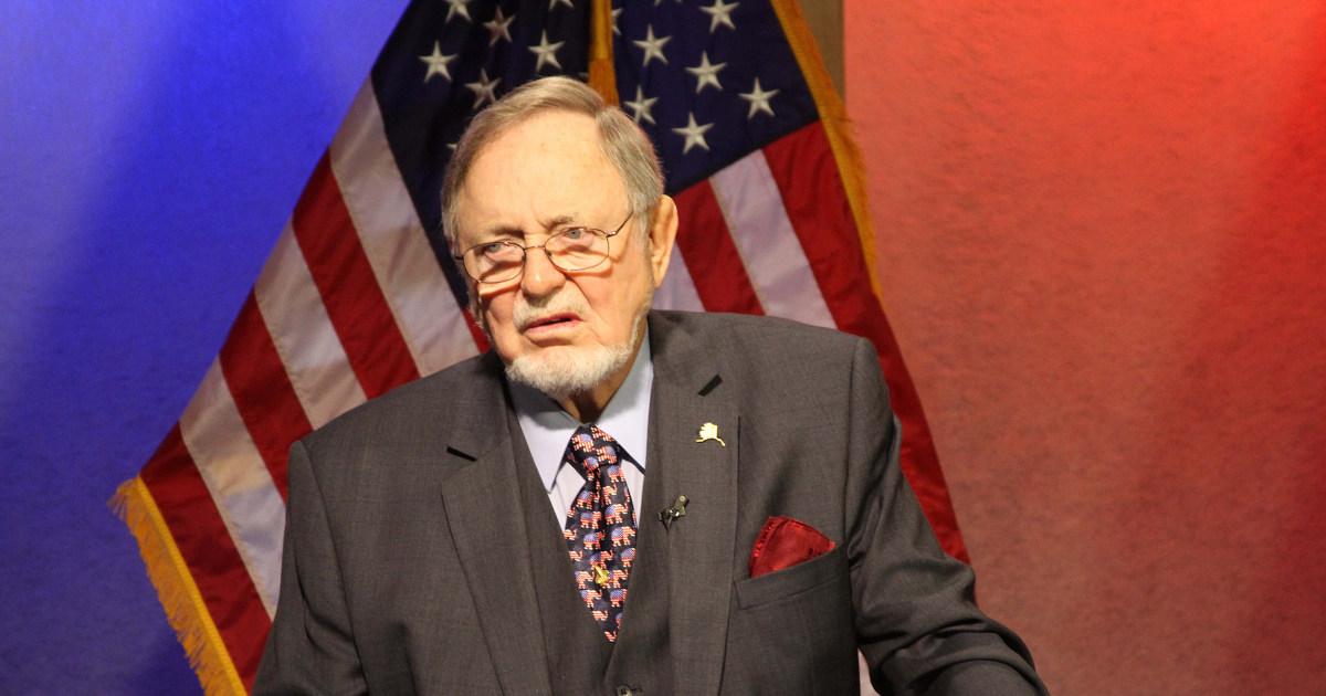 Jew Detector: Alaska Rep. Don Young Suggests Jews With Guns Could Have