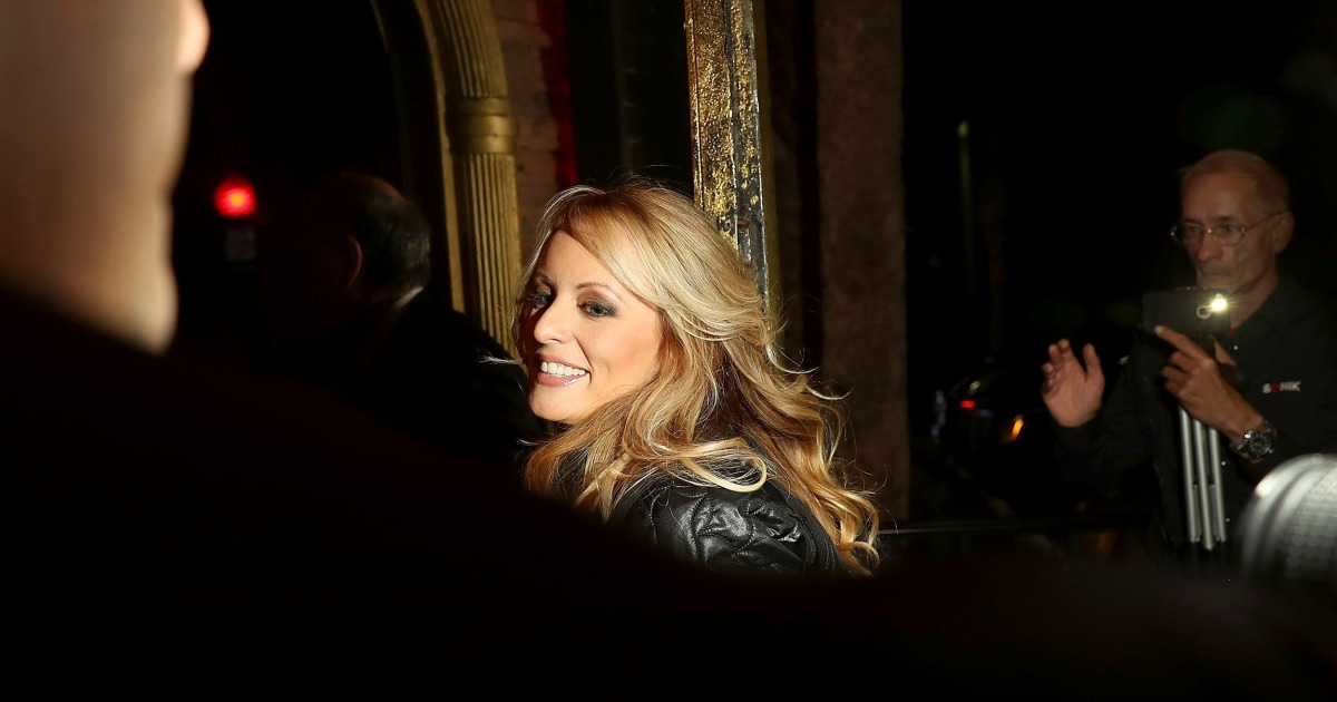 Stormy Daniels offers to pay back $130G for freedom to talk Trump