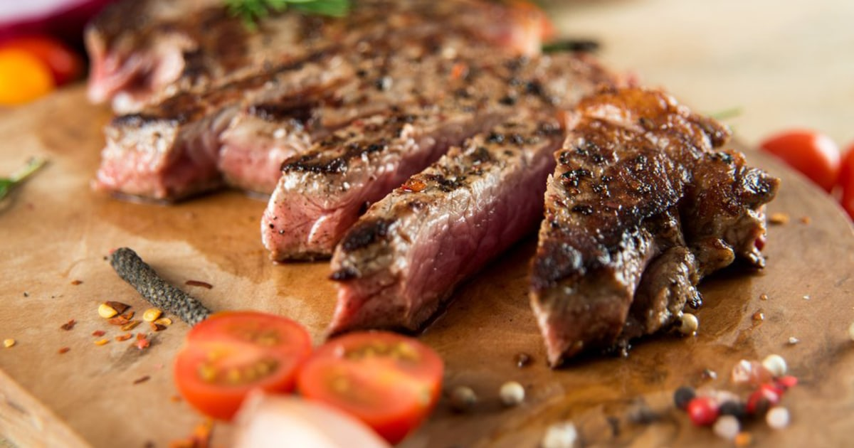 Red meat consumption and risk of heart failure in male ...