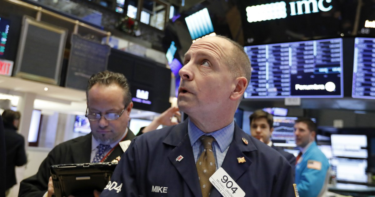 Dow falls almost 500 points as China retaliates by slapping tariffs on $60B in U.S. goods