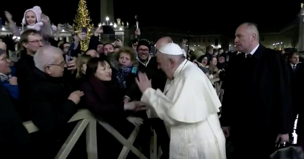 教皇フランシスコを陳謝swattingもwisherの手