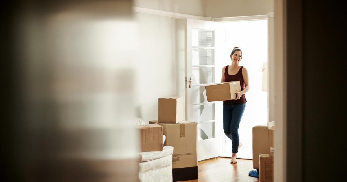 Γιατί μόνο γυναίκες αγοράζουν περισσότερα σπίτια παρά μόνο τους άνδρες