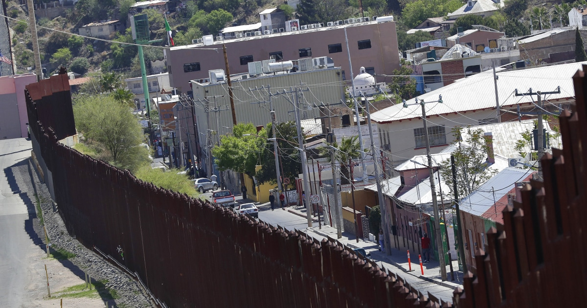 Arizona city officials want border wall's razor wire removed