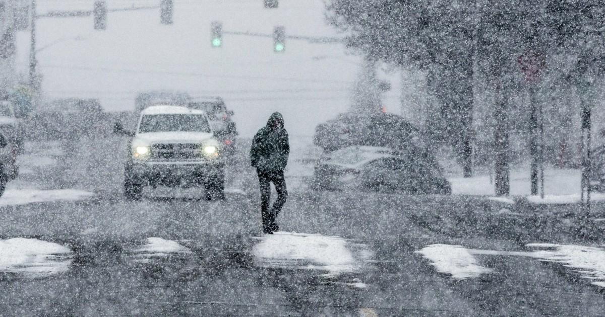 Snow storm wallops Pacific Northwest, people rescued in Sierra Nevada