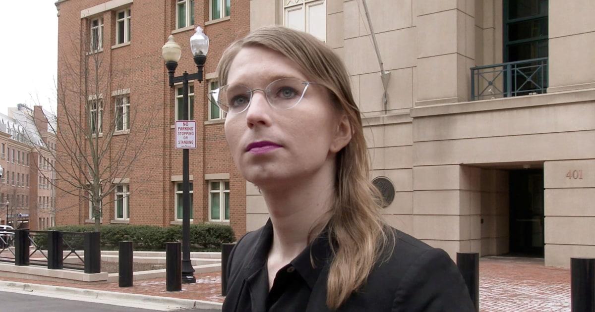 Δικαστής διέταξε την Τσέλσι Μάνινγκ να κυκλοφορήσει