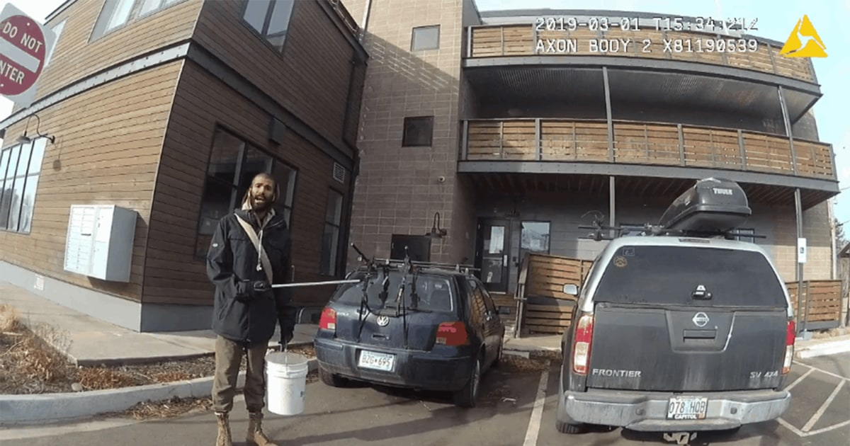 A person picking up trash boulder police detain
