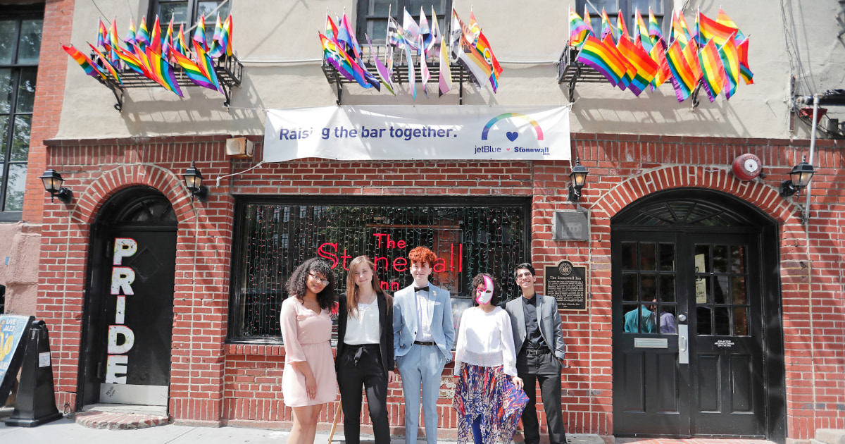 New York Yankees announce LGBT scholarship recipients at historic Stonewall Inn