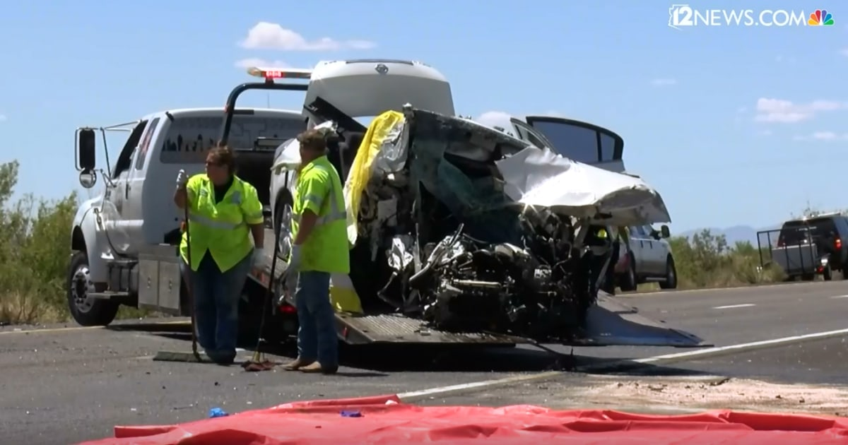 Five dead in wrong-way driver collision on Arizona interstate