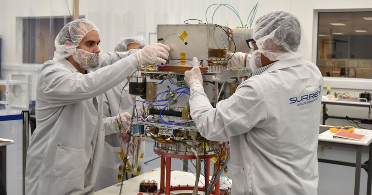 Nasa To Put A Toaster Oven Sized Atomic Clock In Space