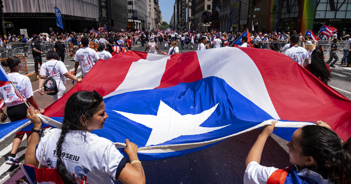 Poll: Coronavirus pandemic has Puerto Ricans on edge about in-person voting thumbnail