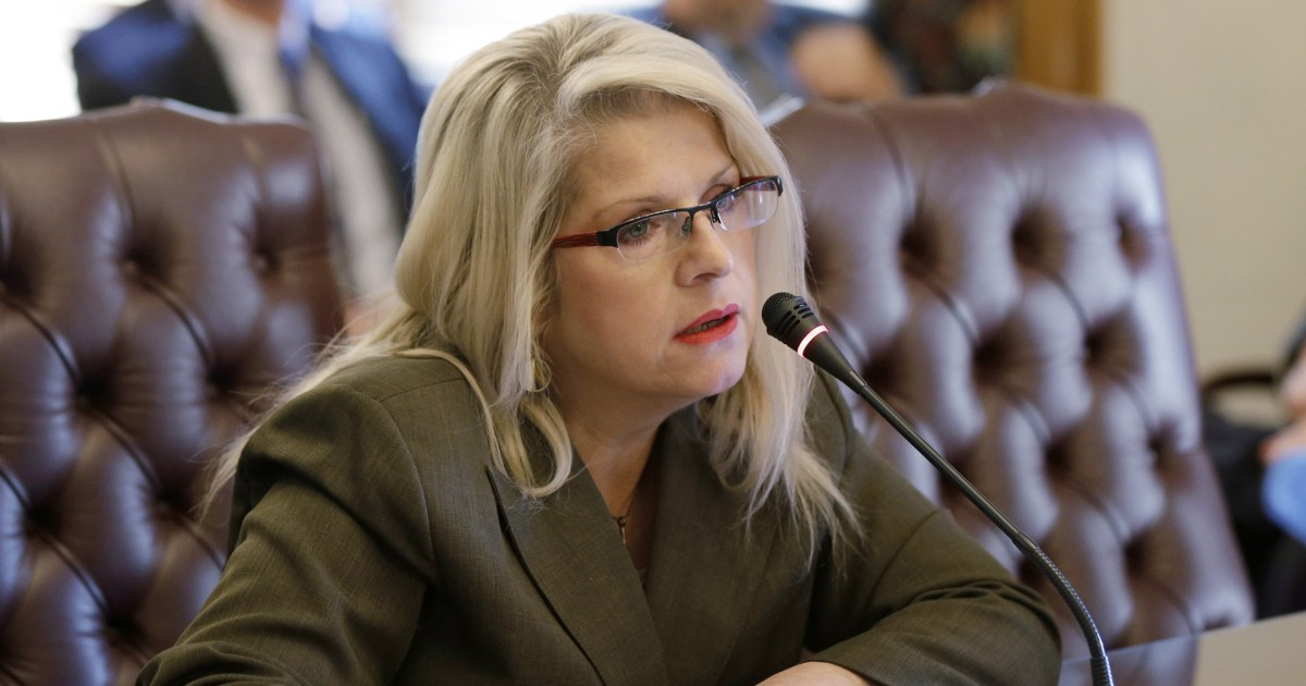 After former Arkansas state senator found dead outside her home, a woman is arrested thumbnail