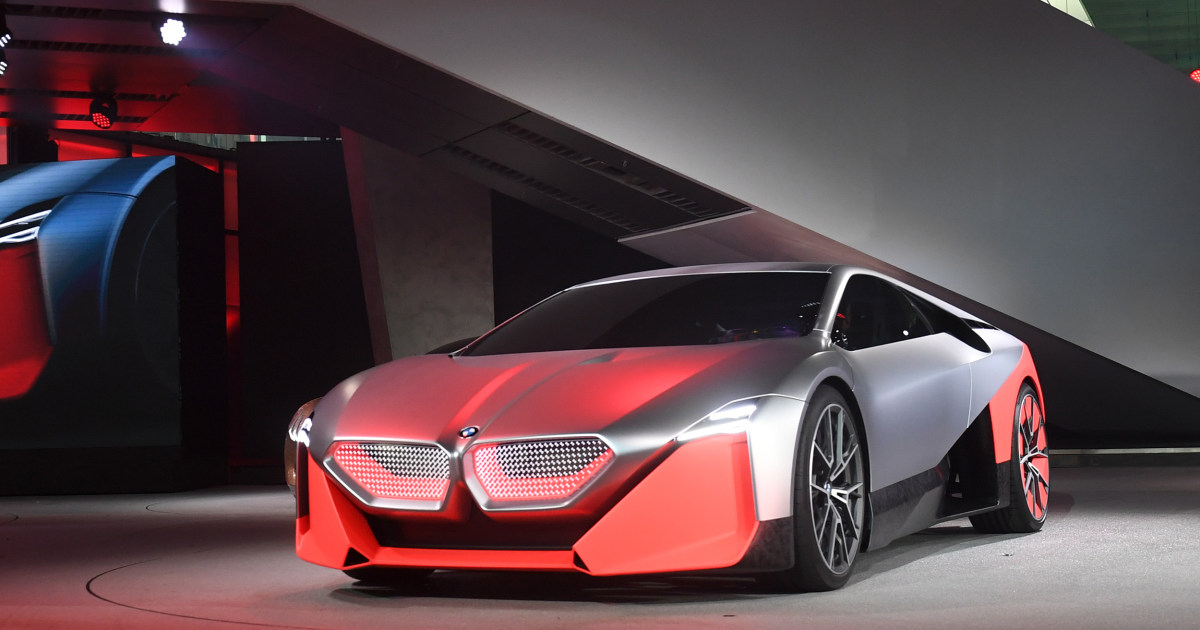 BMW doubles down on plug-ins and battery-powered cars ...