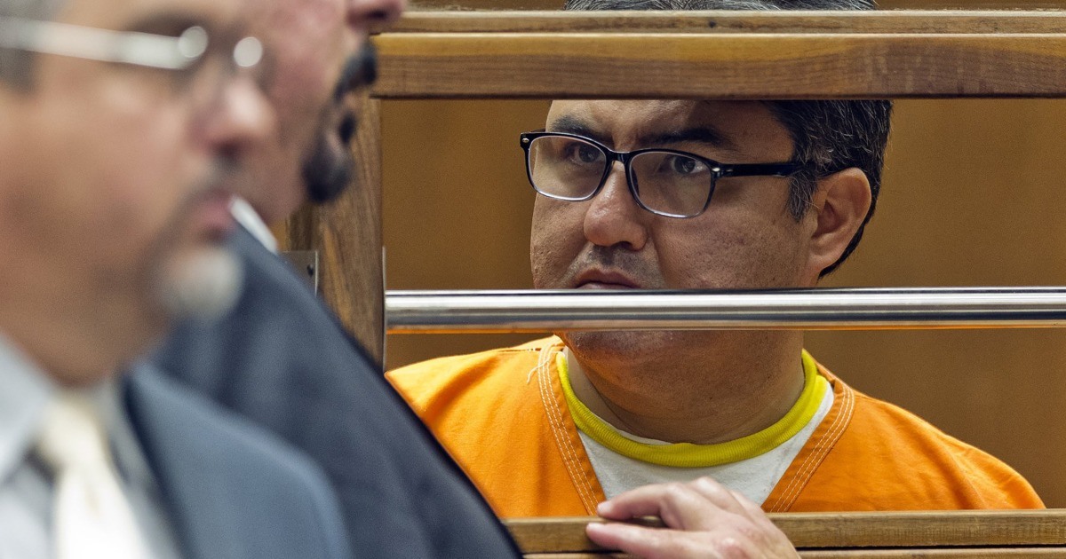 Perintah pengadilan pemerkosaan, biaya lainnya turun melawan Meksiko megachurch pemimpin