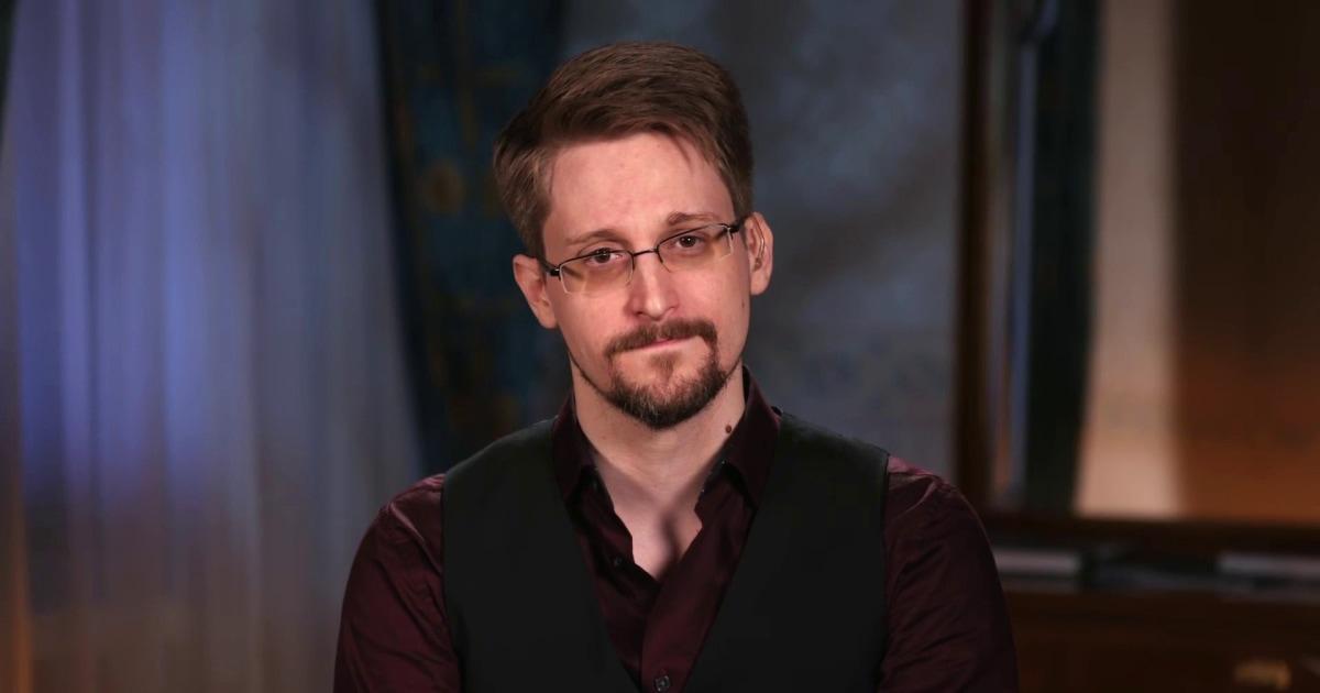 Edward Snowden λέει ότι η κυβέρνηση είναι στο τηλέφωνό σας