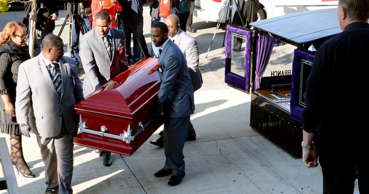 交差線暴wars:シカゴで暴力団準構成員裁判のための実行-スタイルの殺人は9歳