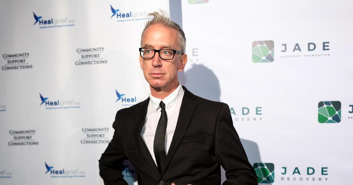 Komiker Andy Dick plädiert auf nicht schuldig der sexuellen Batterie in Los Angeles