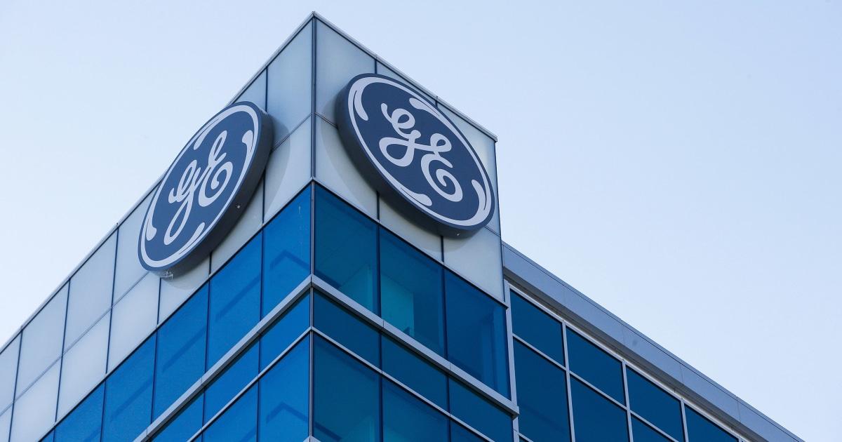 GE membeku pensiun untuk 20.000 karyawan di AMERIKA