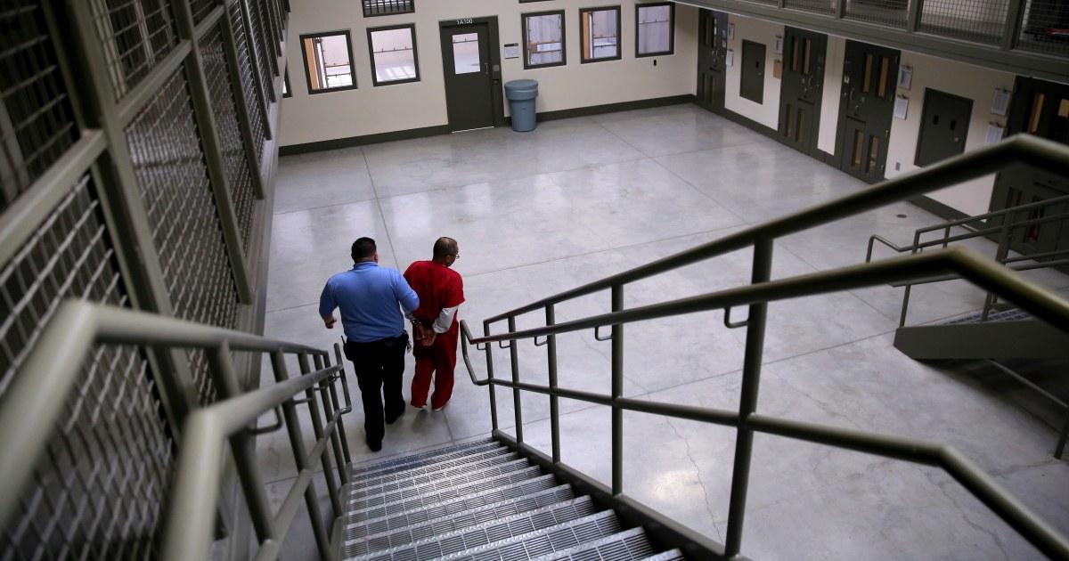 190519 adelanto detention facility cs 1206p 058b84cc19994d5951dbd13e60dc71cc nbcnews fp 1200 630