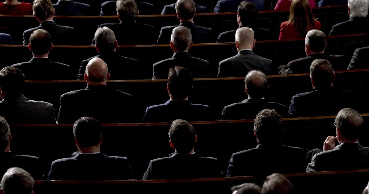 Teori konspirasi pergi mainstream dalam GOP
