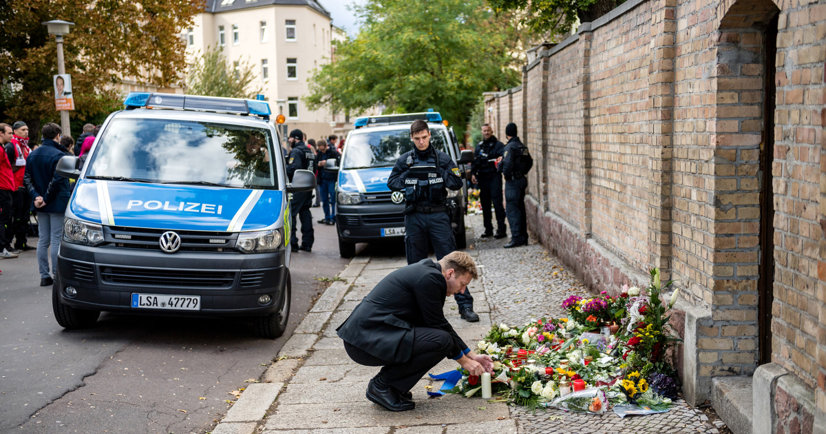 German killer gunned down 2 outside synagogue after failing to get inside