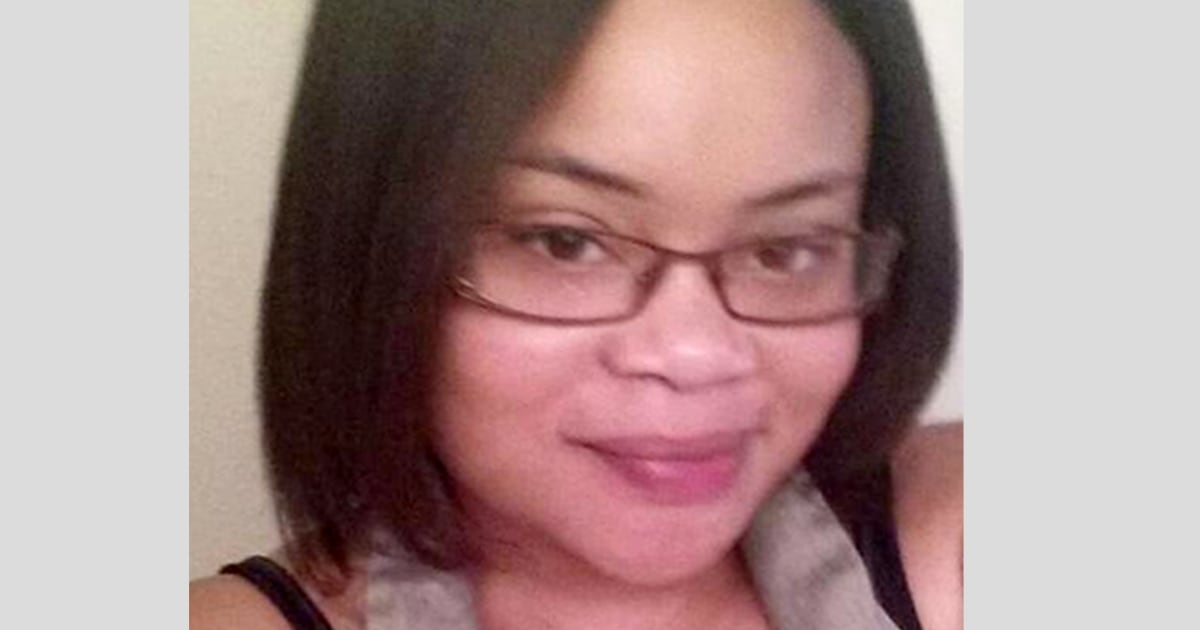 Texas woman shot dead by police in her home remembered as dedicated aunt, 'peaceful woman' thumbnail