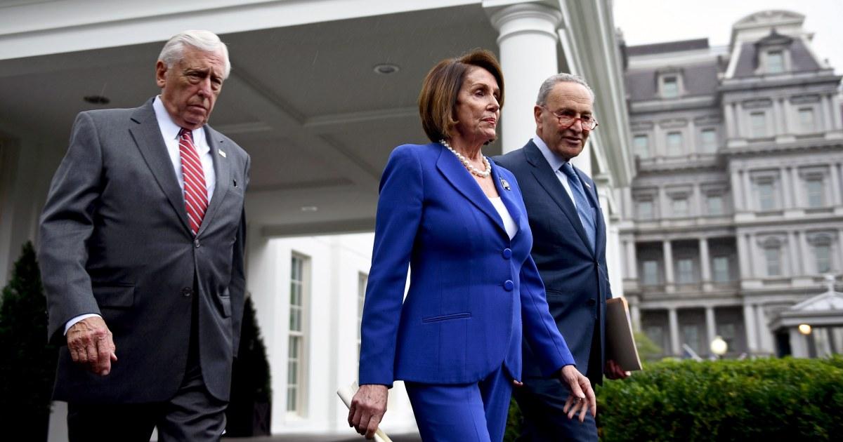 Demokraten zornig zu Fuss aus dem Weißen Haus treffen nach Trump 'meltdown'