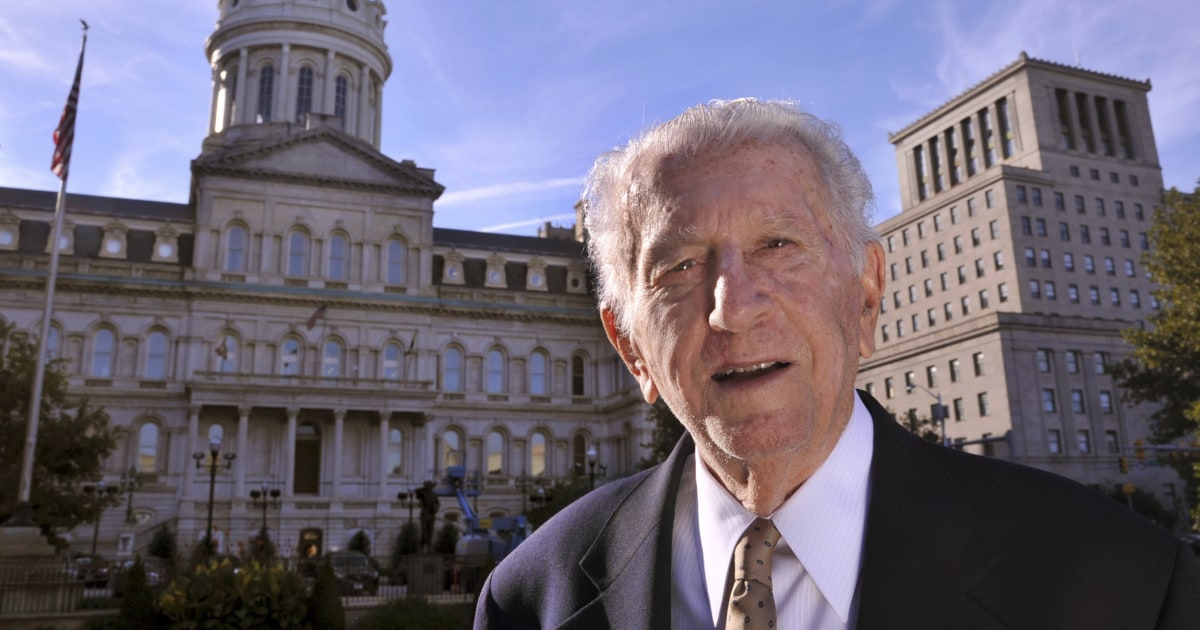Ex-Baltimore mayor Thomas D'Alesandro, Pelosi's brother, dies at 90 thumbnail