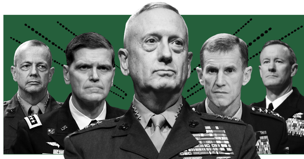 Trumpf gezogen hat beispiellose Feuer von amerikanischen Generälen. Ist jemand hören?