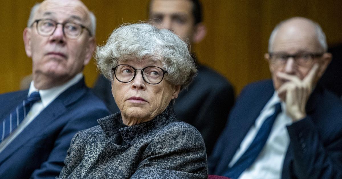 Ex-MSU-Präsidenten, der angeblich gelogen, um der Polizei über Larry Nassar kann Gericht gehen, der Richter Regeln