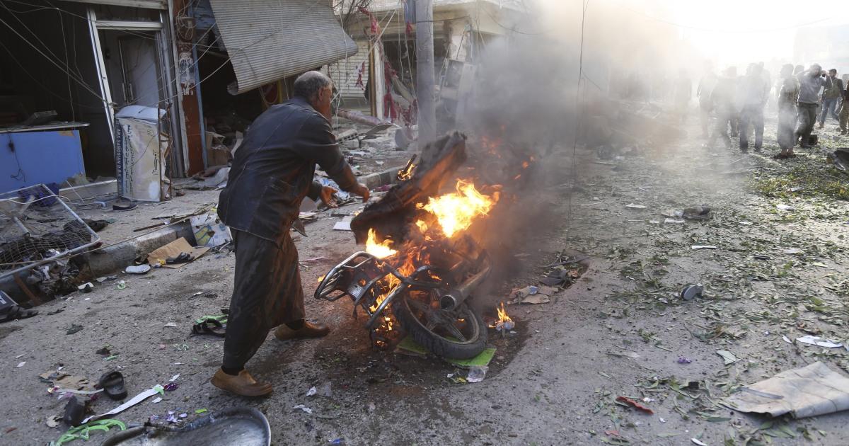 13 σκοτώθηκαν στη Συρία το αυτοκίνητο από έκρηξη βόμβας