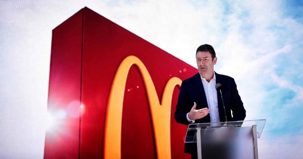 McDonald ' s CEO über 'schlechtes Urteilsvermögen' in Beziehung mit Arbeitnehmer