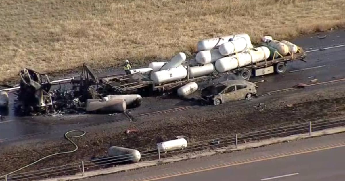 Two dead following explosion involving 18-wheeler on Interstate 35W in Texas