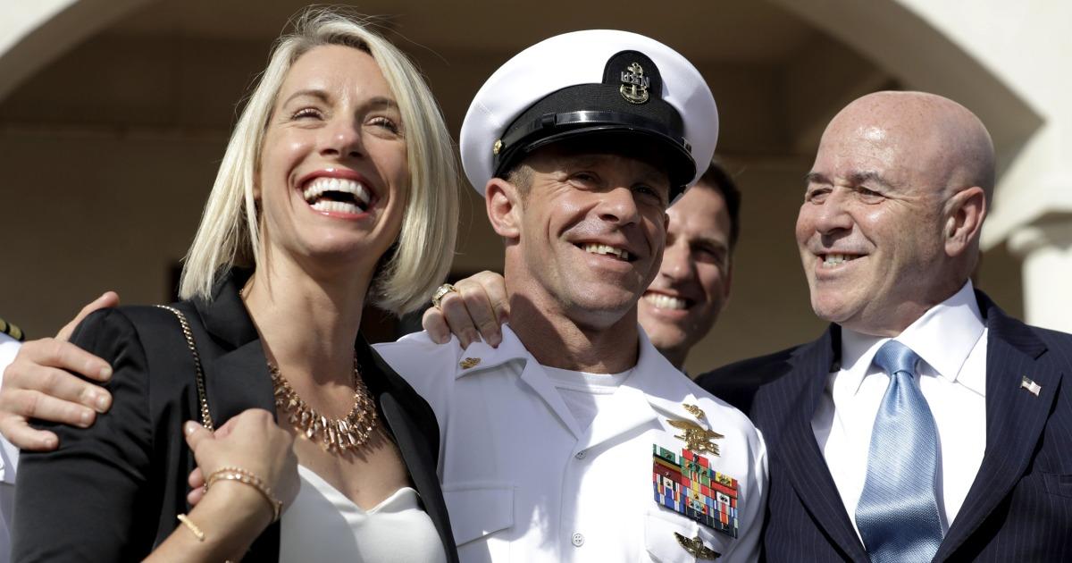 Navy secretary stark erwägt Austritt über Trump ' s Einmischung in DICHTUNG Fall