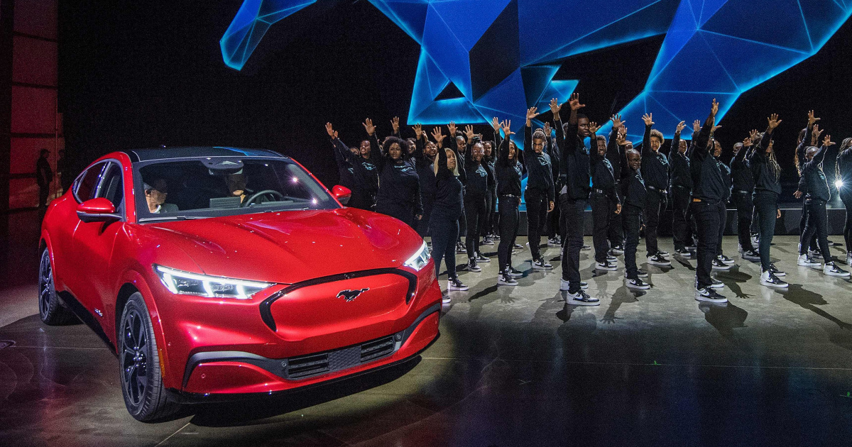 Η Ford αποκαλύπτει Mustang ηλεκτρικό όχημα