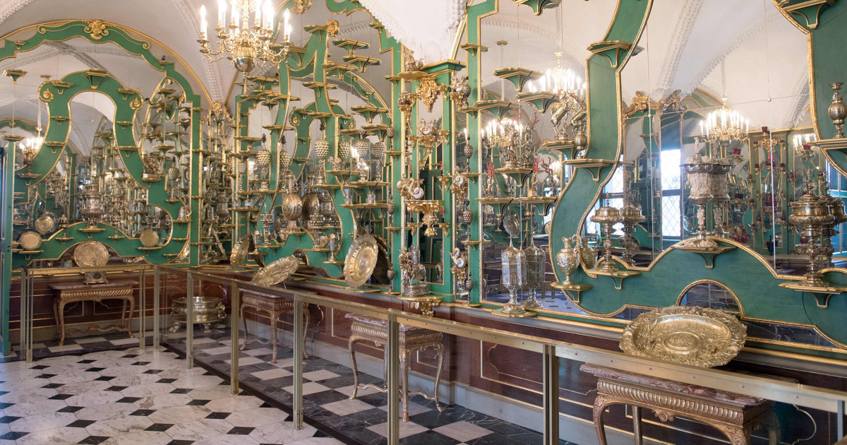 Thieves target treasures at world-renowned Green Vault