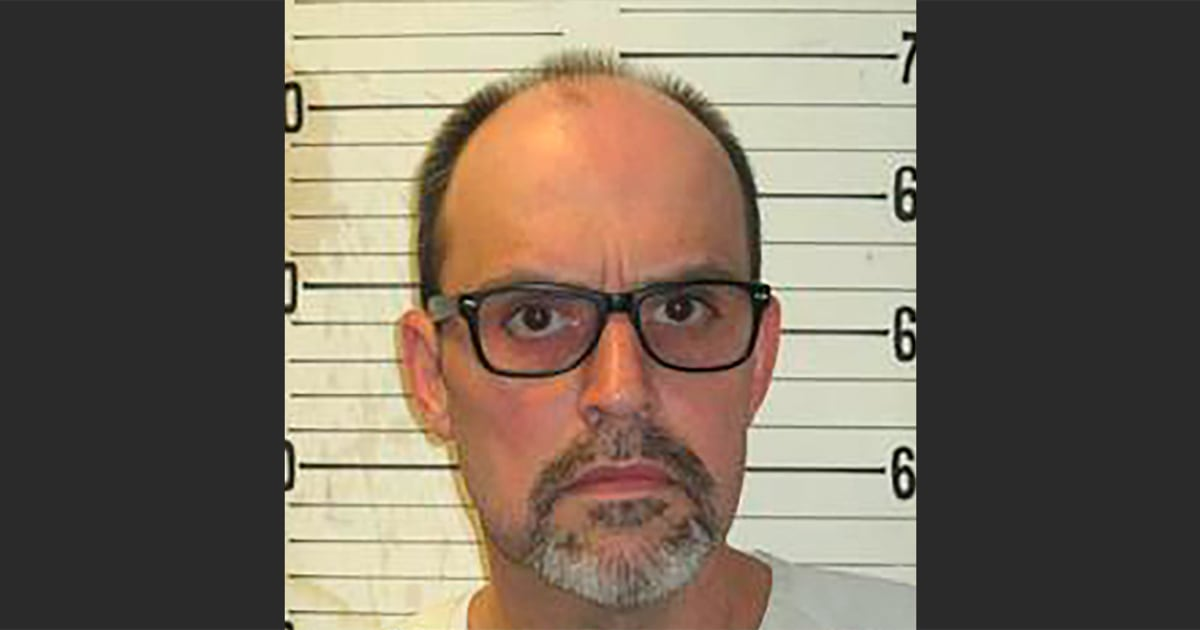 Blind Tennessee inmate who set woman on fire executed by electric chair