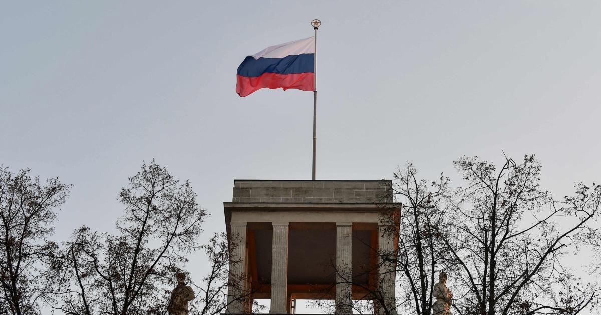Η ρωσία απελαύνει δύο γερμανοί διπλωμάτες μετά το Βερολίνο πάρκο φόνο